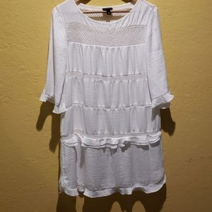 White cute dress from Whatwhowear Size Large